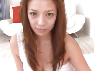 Mako Oda Oriental doll exposes excellent body for a fuck